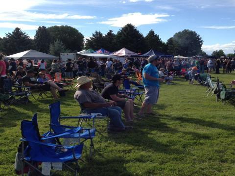 La foule lors de la fête de la bière de Yellowstone