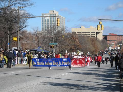 Défilé annuel en l'honneur de Martin Luther King Jr., le jour de son anniversaire à Baltimore