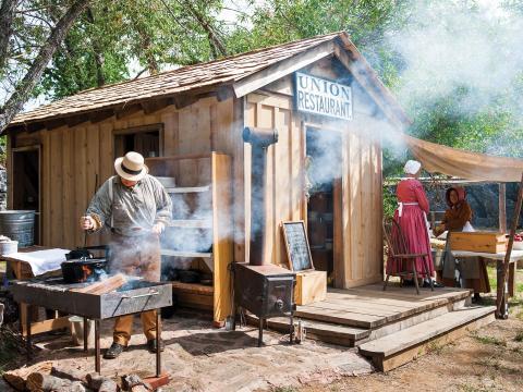Reconstitution de la vie à l'époque de la ruée vers l'or au Columbia State Historic Site