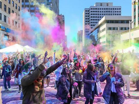 La fête des couleurs de la culture indienne