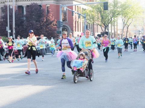 Femmes participant à la course Montana Women's Run