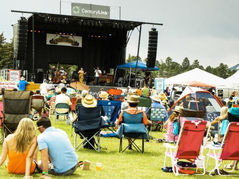 Concert en plein air au Blues & Brews Festival