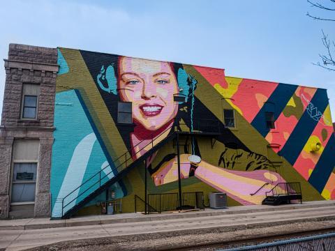 Une fresque présentée dans le cadre du CRE8IV - Transformational Art and Mural Festival de Rockford, Illinois